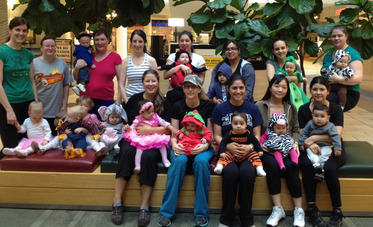 Baby's 1st Halloween Shop 'n Stroll at Lawson Heights Mall