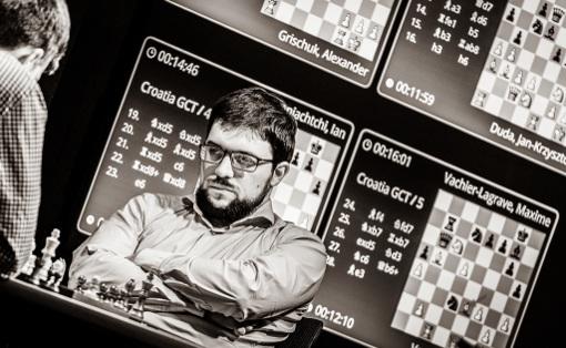 Le n°1 des échecs français, Maxime Vachier-Lagrave, en pleine concentration à Zagreb - Photo © Lennart Ootes