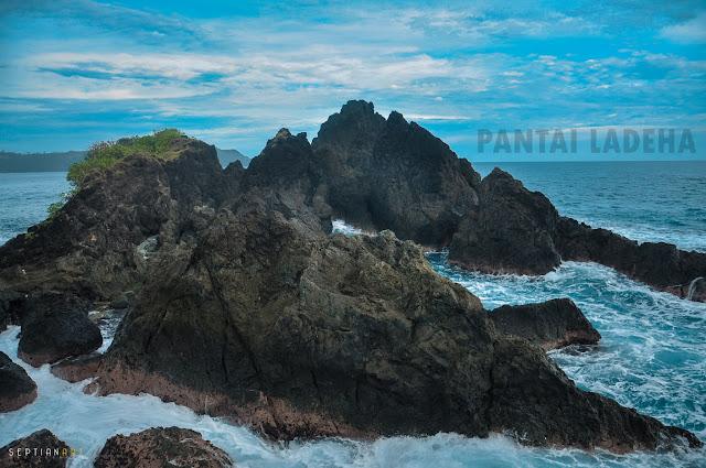 Pantai Ladeha Amandraya