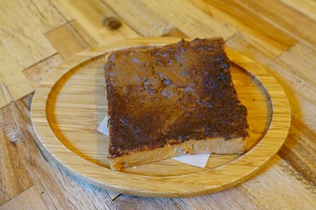 巴和奈野榛果巧克力醬三明治