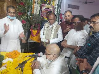 मंदिर प्रांगण के महोत्सव में पहुँचे अमरवाड़ा विधायक