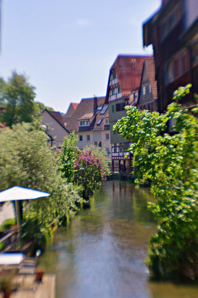Ulm durch eine Plastiklinse (2)