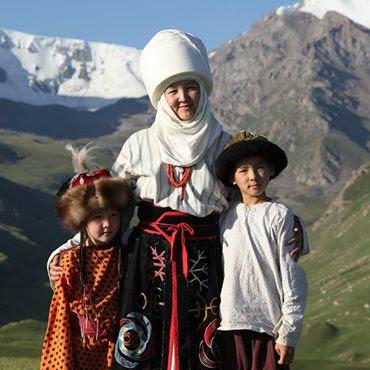 kyrgyzstan holidays, kyrgyzstan art craft, textiles,  small tours to kyrgyzstan