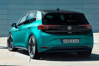 Volkswagen ID.3 (2020) Rear Side