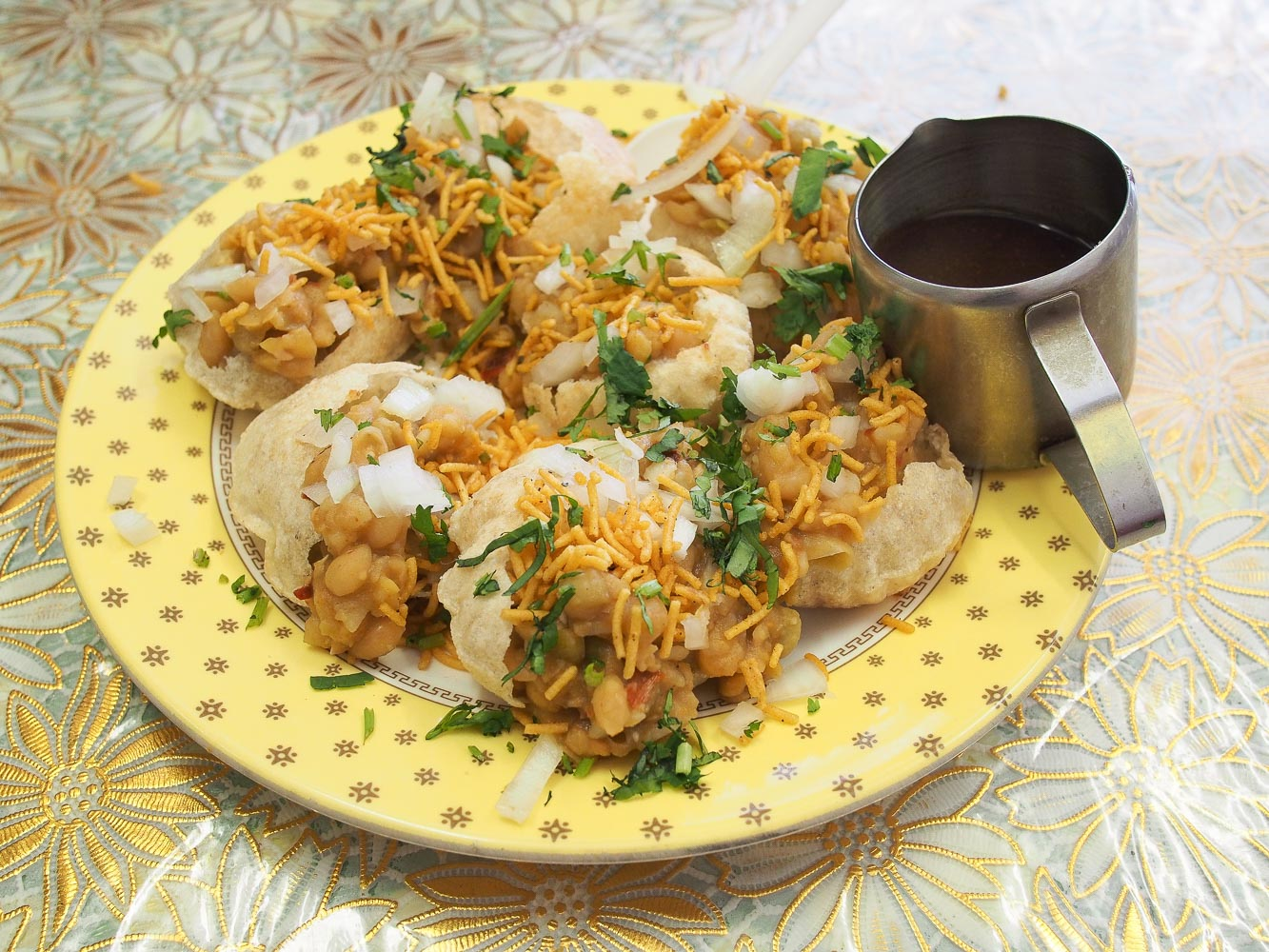 B kyu fuska house bangladeshi rockdale because this is fuska house it was necessary to try the bangladesh version of pani puri known here as fuska the inside is filled with a mix of cooked forumfinder Gallery