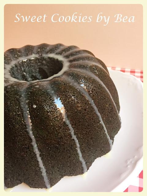 Blue Velvet Bund Cake