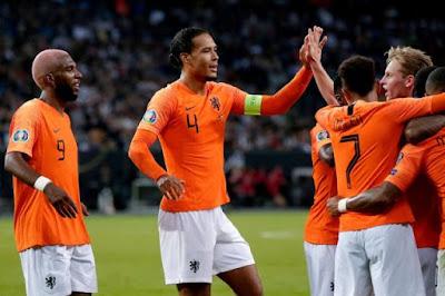 التشكيل الرسمى لمواجهة هولندا ضد بولندا في دوري الأمم الأوروبية