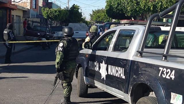 Sicarios atacan viviendas simultáneamente donde ejecutaron a 12 personas en Pueblo Nuevo, Celaya e Irapuato la mitad de ellas mujeres