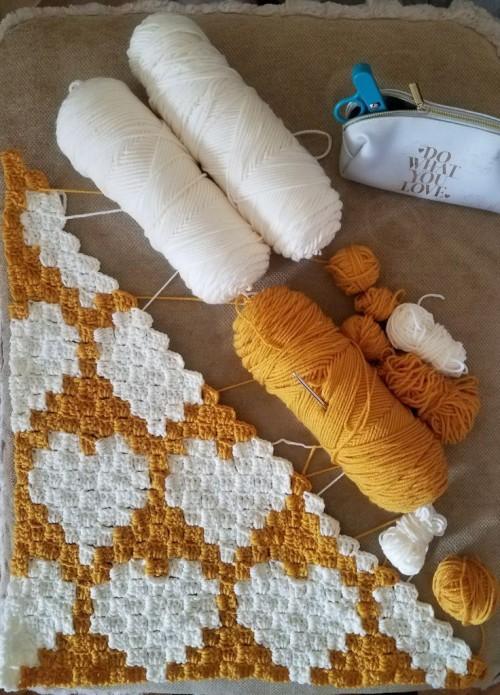 Crochet C2C Hearts Baby Blanket - Tutorial