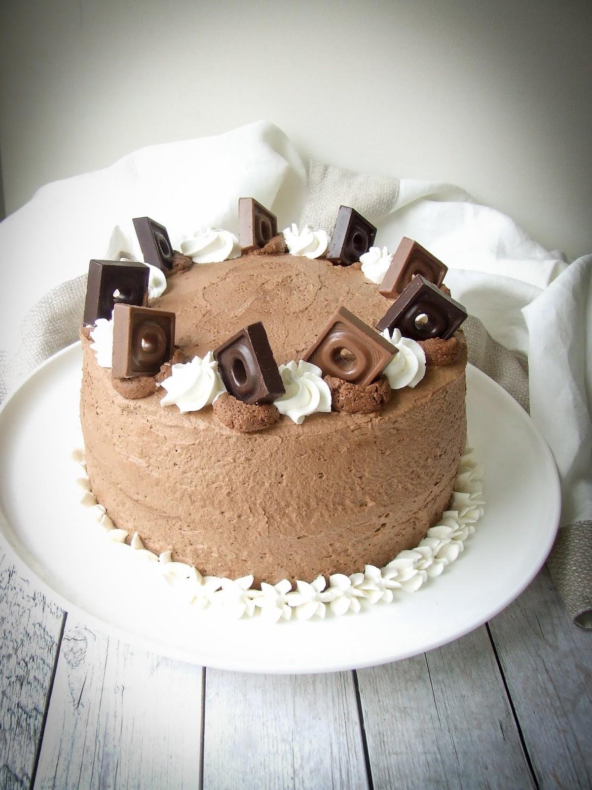 La base è una chiffon cake al cacao e2290a2861b6