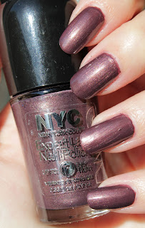 http://lacquediction.blogspot.de/2014/11/nyc-expert-last-nail-polish-142-leather.html