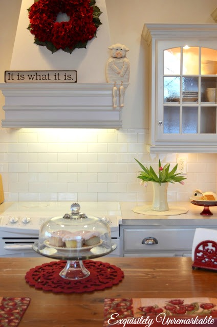 Red And White Country Kitchen Decor
