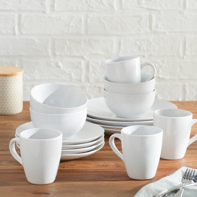Basics 16 Piece Ceramic Dinnerware Set, Service for 4