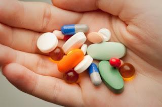 ¿Por que los antibioticos son ineficaces contra los virus?