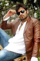 Biodata Faisal Raza Khan sebagai Kartik ( mantan suami Mahua )