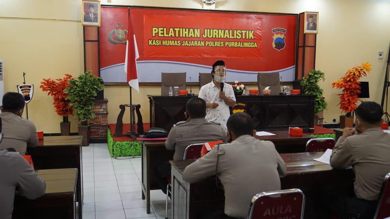Polres Purbalingga Gelar Pelatihan Jurnalistik Bagi Kasi Humas