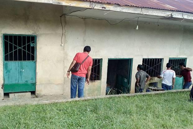 Ruang di panti milik Yayasan Tunas Bangsa Pekanbaru. Hasil pemeriksaan Dinas Sosial Provinsi Riau ke sejumlah panti yayasan tersebut, diketahui ada penghuni yang memakan kecoa dan banyak yang gil