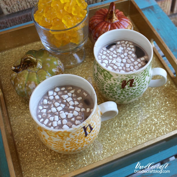 Make a gold glitter tray with high gloss resin