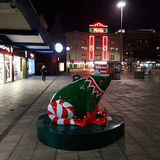 Christmas frog in Stockport town centre