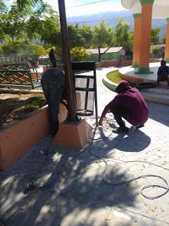 Junta Distrital de El Limón  realiza jornada de hermoseamiento  del parque por motivo de las navidades.