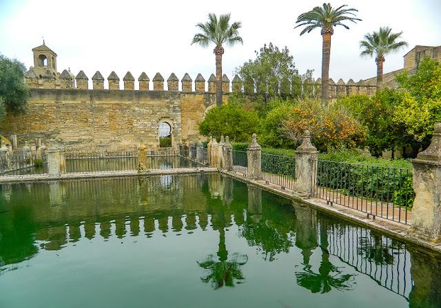 jardins do Alcázar de los Reyes Cristianos, Córdoba, Andaluzia