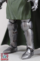 Marvel Legends Doctor Doom 09