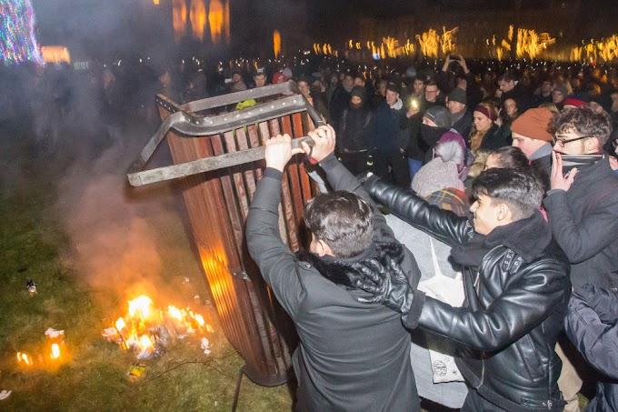 Újabb hat kormányellenes tüntető ellen emeltek vádat, még a 2018-as Kossuth téri megmozdulások miatt