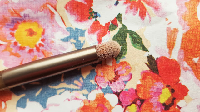 The Beautiful Bluebird: Urban Decay Naked Smoky Palette