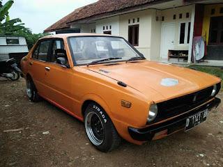 Bukalapak Mobil Klasik : Dijual Corolla Corvet 76