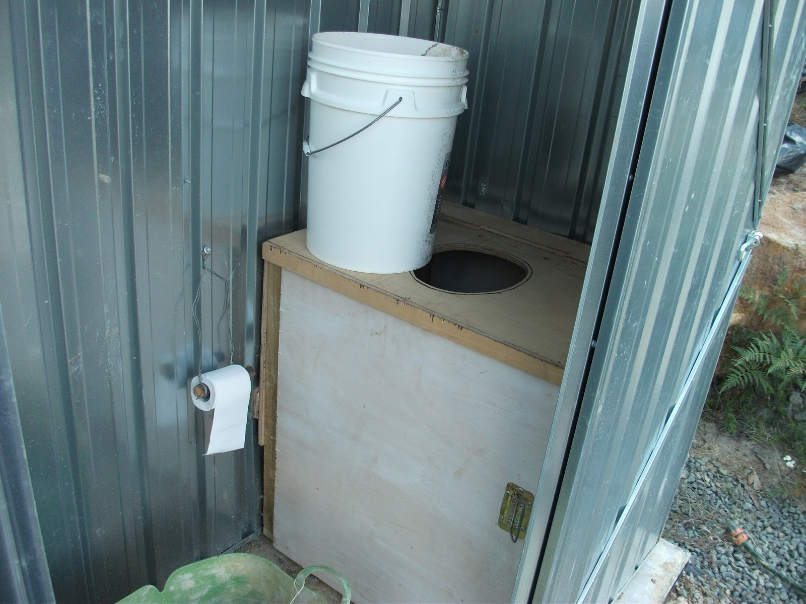 Dirty Deeds co.: Composting toilet systems
