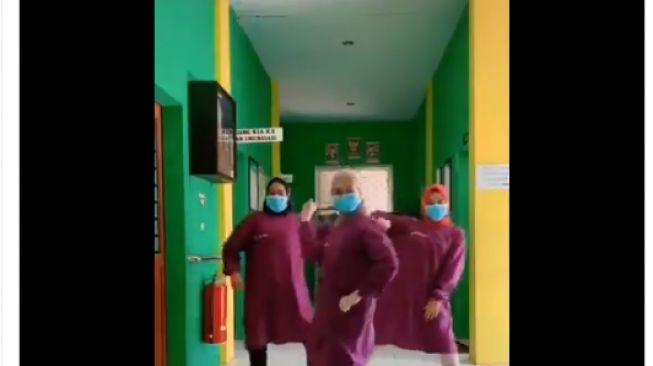 Keren, 3 Nakes Ini Luwes Peragakan Cara Cuci Tangan Pakai Dance K-Pop