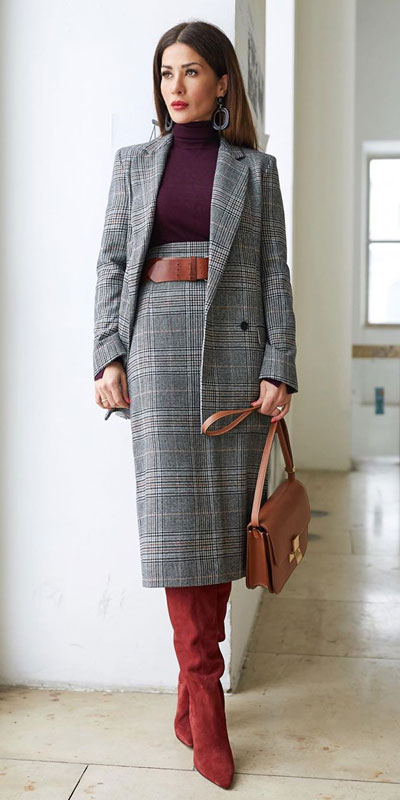 Blazers one of those important wardrobe staples that everyone should have. See these 22 Catchy Blazer Outfits to Stand Out from The Crowd. Coat + Jacket Outfits via higiggle.com | blazer + long skirt outfits | #blazer #jacket #casualoutfits #skirt