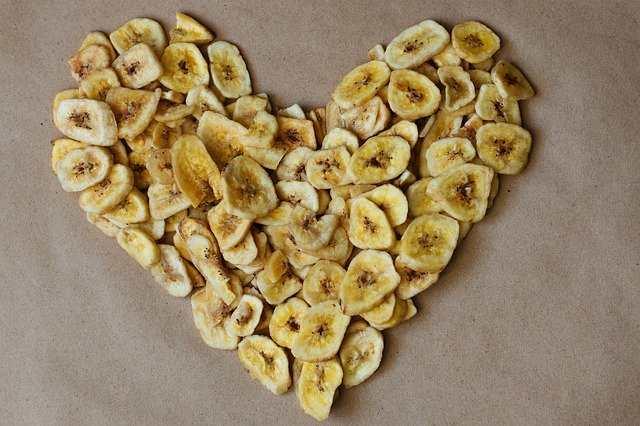 هل الموز المجفف يزيد الوزن؟