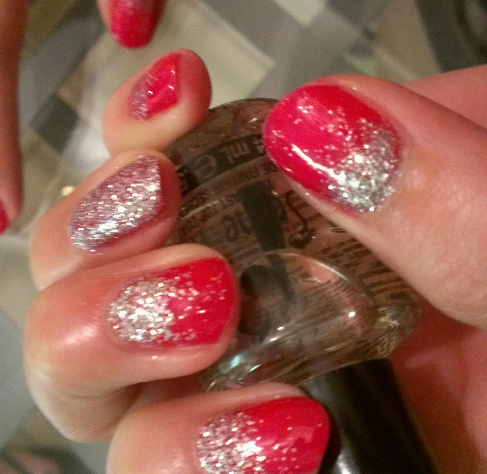 Fab And Frugal Gal Glitter Ombre Gel Nail Mani