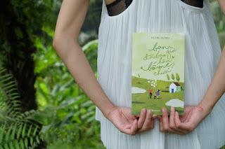 """""""Bạn Đã Bao Giờ Hôn Bố Mẹ Chưa"""" - Ai cũng có thể nhìn thấy một phần hình ảnh của mình trong cuốn sách này."""
