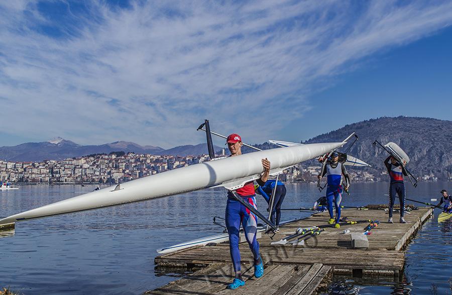 Ρώσοι κωπηλάτες στην λίμνη της Καστοριάς