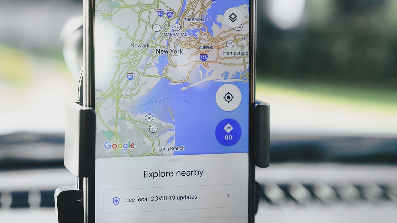 Cara Menghentikan Pelacakan Lokasi Anda di Android dan iOS