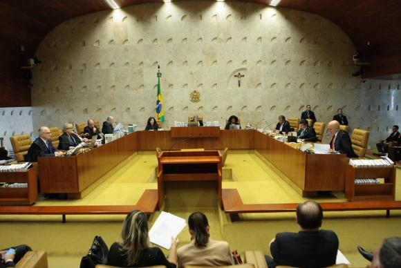 Plenário do Supremo Tribunal Federal (STF) durante sessão para julgamento sobre imunidade parlamentar de deputados estaduais Carlos Moura/SCO/STF