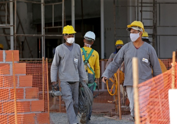 IBGE diz que 13 milhões de brasileiros retornaram ao trabalho desde maio