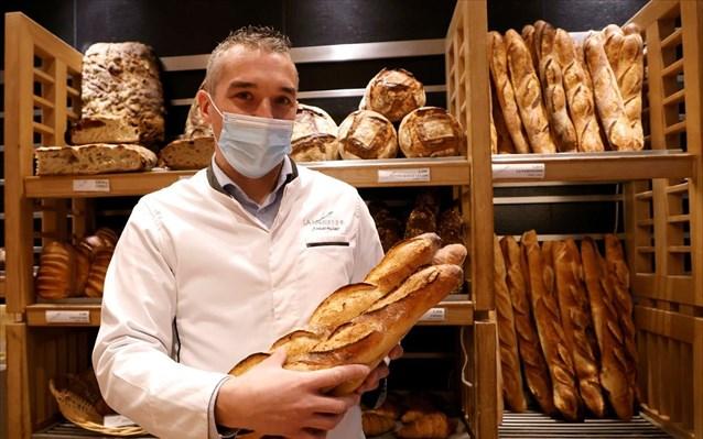 Η γαλλική μπαγκέτα υποψήφια για τη λίστα πολιτιστικών θησαυρών της UNESCO