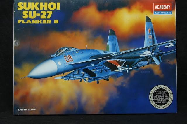 Sukhoi SU-27 Flanker B Academy 1/48