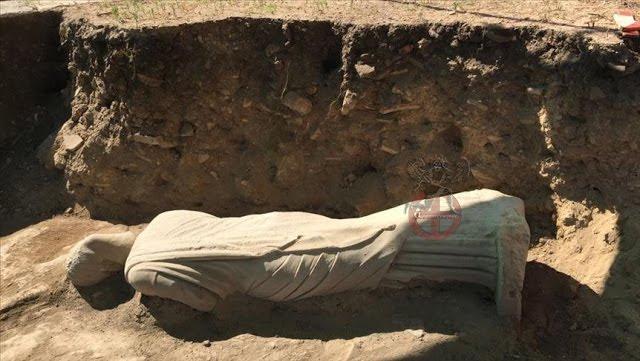 Ανακαλύφθηκε άγαλμα του 3ου αιώνα στην αρχαία Ελληνική πόλη Πέργη