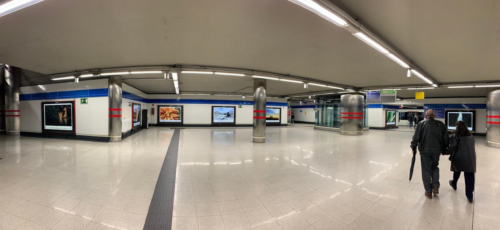 2878ee8fa De nuevo Apple saca pecho de la cámara de sus terminales para lazar esta  campaña con imágenes de paisajes de todo el planeta a modo de exposición.
