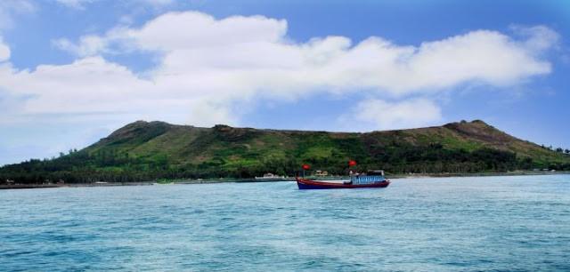 Hoạt động du lịch biển trên huyện đảo Lý Sơn - Quảng Ngãi 3