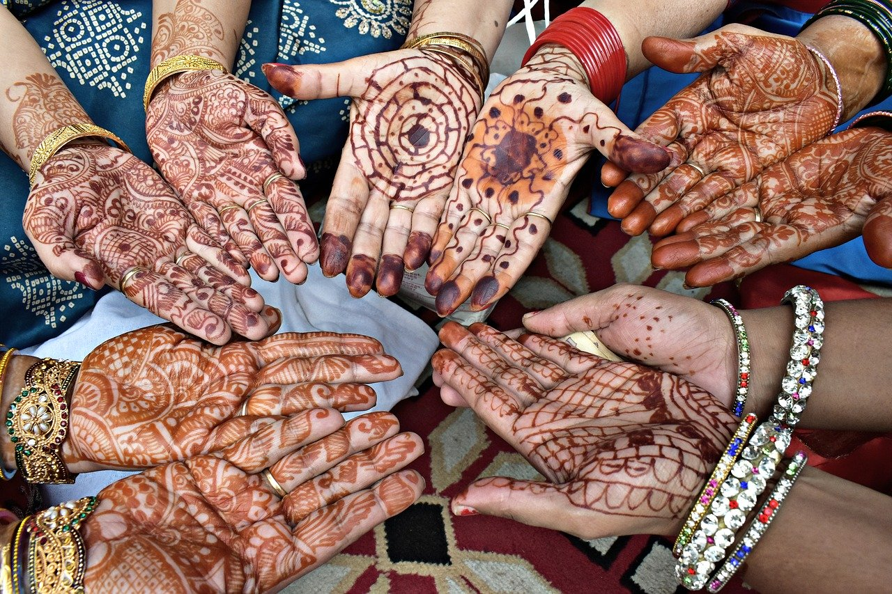 10 Latest Bridal Mehndi Designs Of 2020 Mehandi Design New Simple Mehndi Design Dikhao