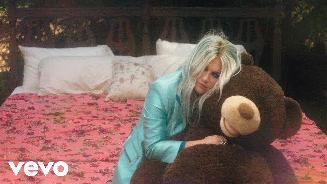 Kesha - 'Learn to Let Go' Video