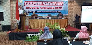 Sekretaris DKP Provinsi Jambi Secara Resmi Membuka Refreshment Pembinaan Mutu Kegiatan Pembinaan Mutu.