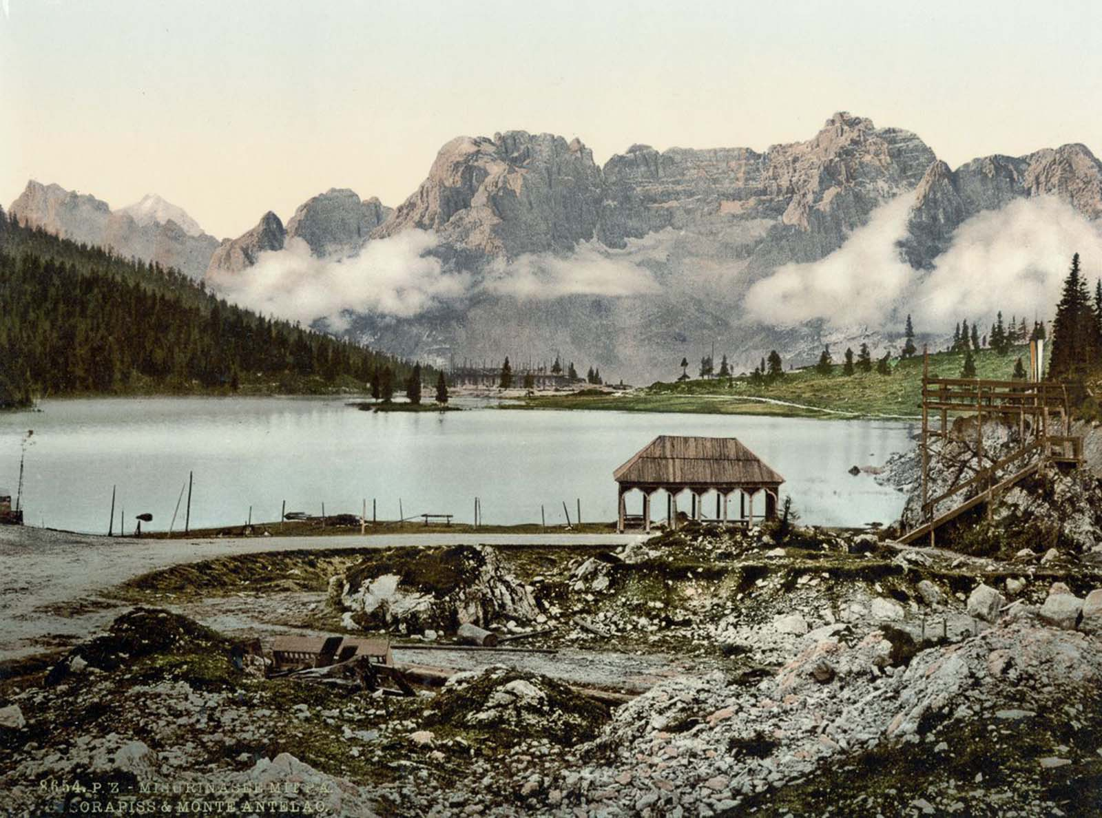 Misurinasee, Sorapiss and Monte Antelao.