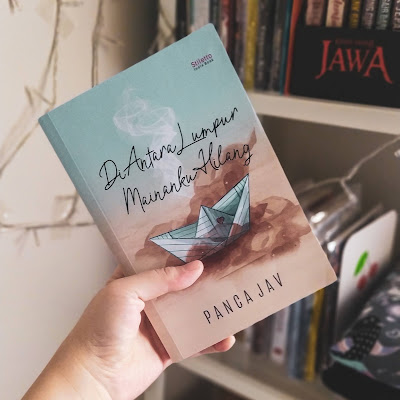 Review Novel Di Antara Lumpur Mainanku Hilang, Panca Jav