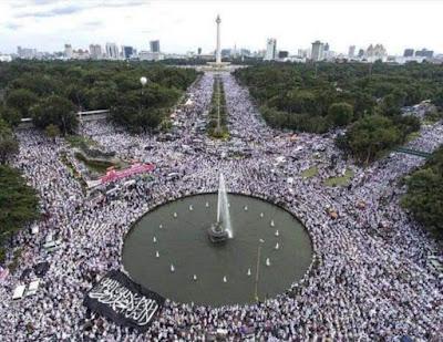 Bangkitlah Umat Muslimin Indonesia.